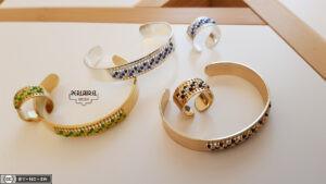 Bracelets tissage intégré